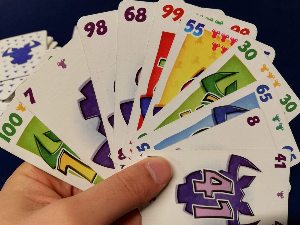 カードは1人10枚