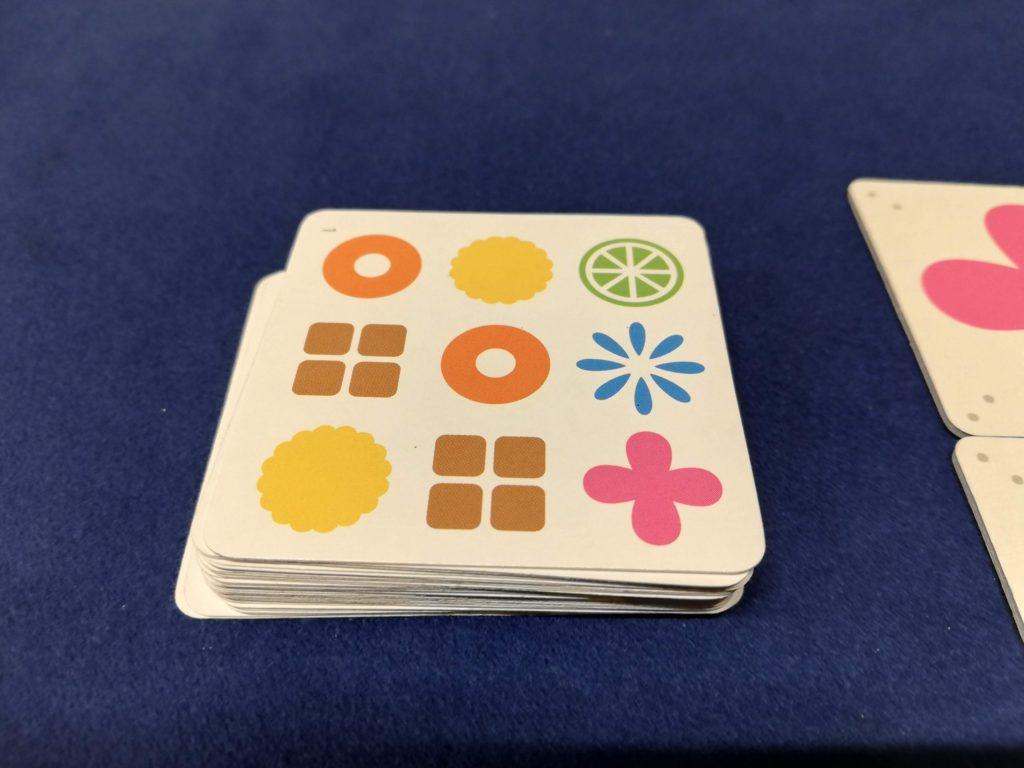 カードがめくられた